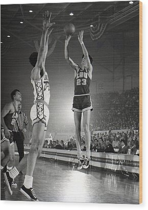 Pete Maravich Jump Shot Wood Print by Retro Images Archive