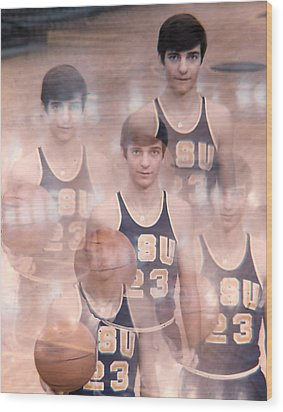 Pete Maravich Kaleidoscope Color Wood Print by Retro Images Archive