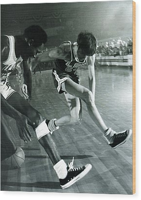 Pete Maravich Tricky Pass Wood Print by Retro Images Archive