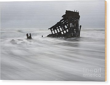 Peter Iredale Shipwreck Oregon 2 Wood Print