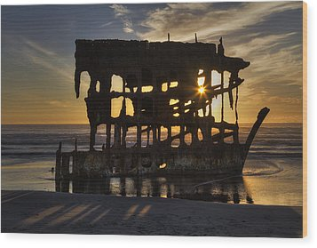Peter Iredale Shipwreck Sunset Wood Print