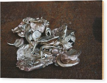 Photo Of Mixed Metal Sculpture Wood Print by Matthew Brzostoski