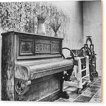 Piano Wood Print by Ben Osborne