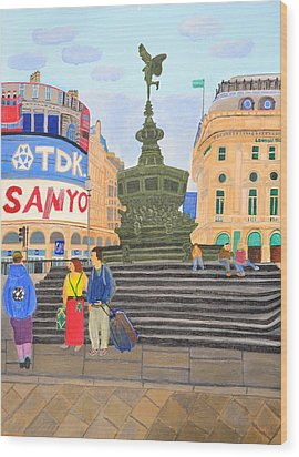 London- Piccadilly Circus Wood Print by Magdalena Frohnsdorff