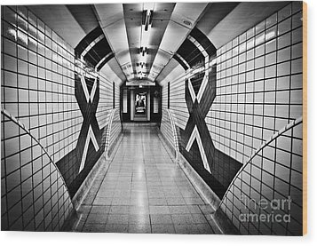 Piccadilly Circus Subway Wood Print