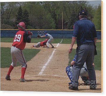 Pick Off Attempt At 1st Base Wood Print by Thomas Woolworth