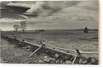 Picketts Charge The Angle Black And White Wood Print by Joshua House