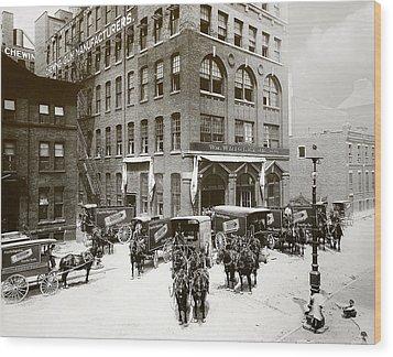 Picture 1 - Michigan Avenue 1901 Wood Print