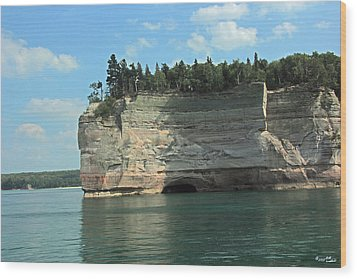 Pictured Rocks Battleship Formation Side View Wood Print