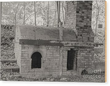 Pinewood Pottery Kiln Wood Print by Russell Christie