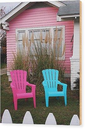 Pink And Blue Chairs By Jan Marvin Wood Print