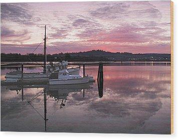 Pink Dawn Wood Print