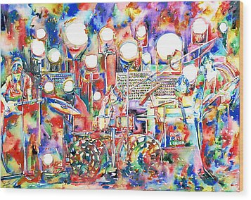 Pink Floyd Live Concert Watercolor Painting.1 Wood Print by Fabrizio Cassetta