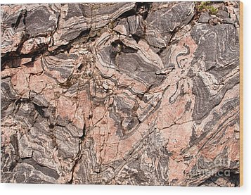 Wood Print featuring the photograph Pink Gneiss Rock by Les Palenik