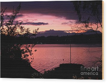 Pink Grapefruit Colored Sunset Wood Print by Kym Backland