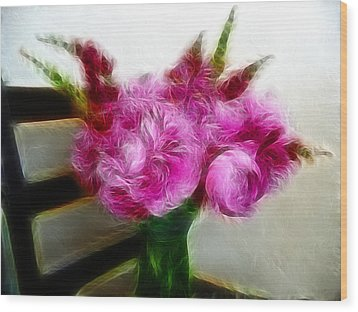 Pink Peonies And Snapdragons In Vase Wood Print by Cindy Wright