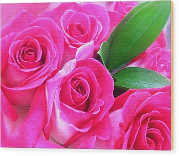 Wood Print featuring the photograph Pink Roses by Alohi Fujimoto