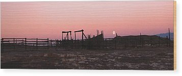 Pink Sunset Over Corral Wood Print by Cathy Anderson