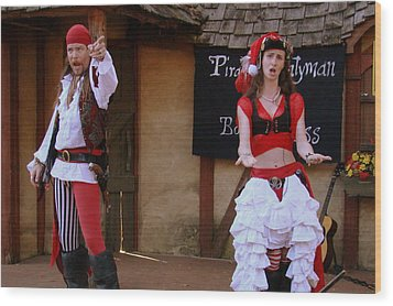 Pirate Shantyman And Bonnie Lass Wood Print by Rodney Lee Williams