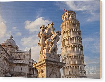 Pisa's Leaning Tower Wood Print by Brian Jannsen