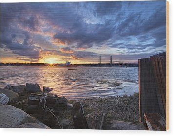 Piscataqua Sunset Wood Print by Eric Gendron