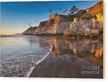 Pismo Cliffs And Reflections Wood Print