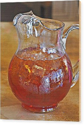 Pitcher Of Iced Tea Wood Print by Valerie Garner