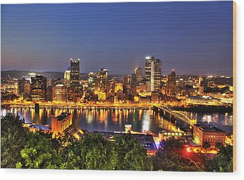 Pittsburgh Skyline At Night Wood Print by Shawn Everhart