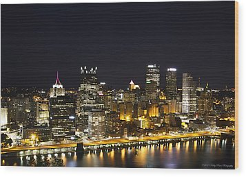 Pittsburgh Skyline Wood Print by Kathy Ponce