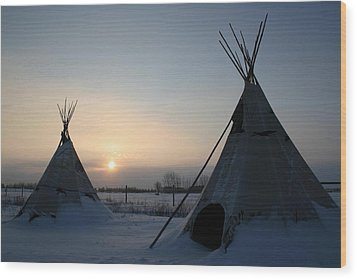 Plains Cree Tipi Wood Print by Larry Trupp