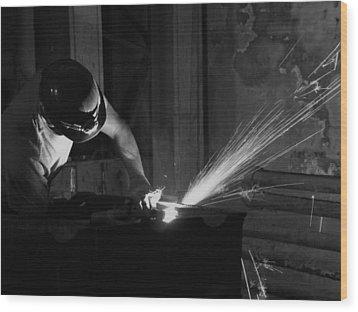 Plasma Cutter 2 Bw Wood Print by Elizabeth Sullivan