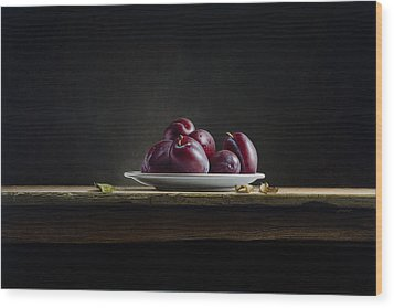 Plate With Plums Wood Print by Mark Van crombrugge
