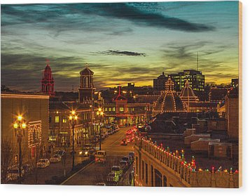 Plaza Lights At Sunset Wood Print