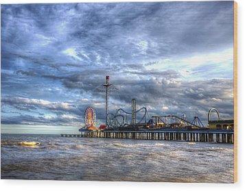 Pleasure Pier Galveston Wood Print by Shawn Everhart