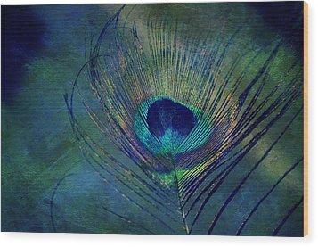 Plume Wood Print by Robin Dickinson