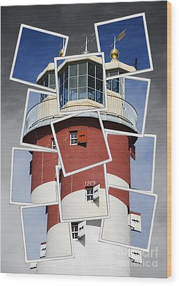 Plymouth Hoe Lighthouse Wood Print by Donald Davis