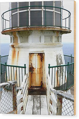 Point Reyes Historic Lighthouse Wood Print by Laurel Powell