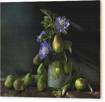 Poires Et Fleurs Wood Print by Theresa Tahara