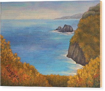 Pololu Valley Lookout Wood Print by Pamela Allegretto