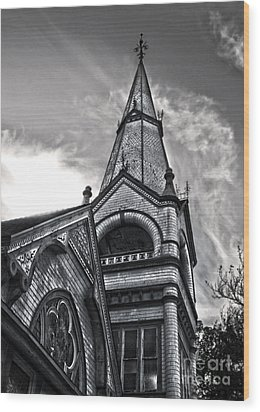 Pomona Seventh Day Adventist Church In Black And White Wood Print by Gregory Dyer