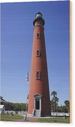 Wood Print featuring the photograph Ponce Inlet Lighthouse by Laurie Perry