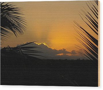 Ponce Sunrise Wood Print by Daniel Sheldon