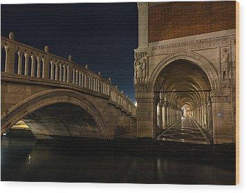 Ponte Della Paglia Wood Print by Marion Galt