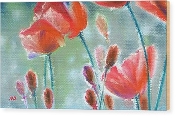 Poppy Field Wood Print by Natasha Denger