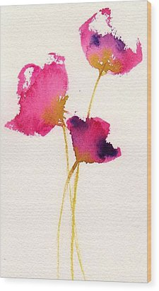 Poppy Pirouette Wood Print by Anne Duke