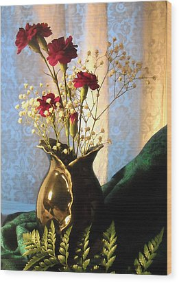 Porcelain Petal Vase 1 With Carnations Wood Print