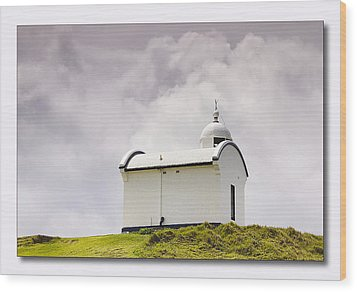 Port Macquarie Nsw Light House 01 Wood Print by Kevin Chippindall