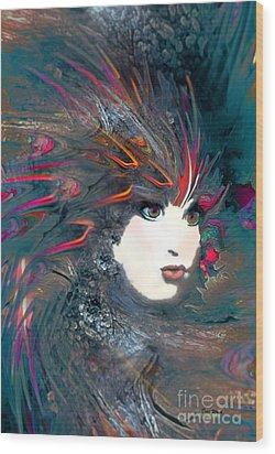 Portrait Of A Flamboyant Woman Wood Print by Doris Wood