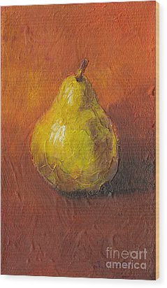 Portrait Of A Pear Wood Print by Sandy Linden