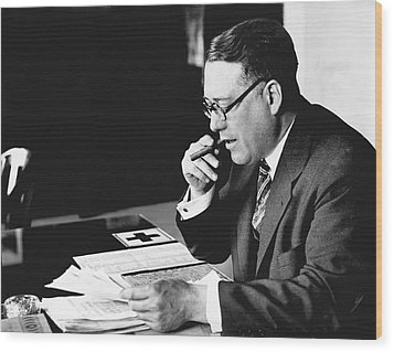 Portrait Of Elmer Irey Wood Print by Underwood Archives